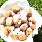 Small banana fritters to blossom & rsquo; orange