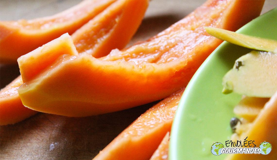 papaias frescos, quase como se houvesse
