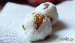 Billes de coco aux raisins blonds