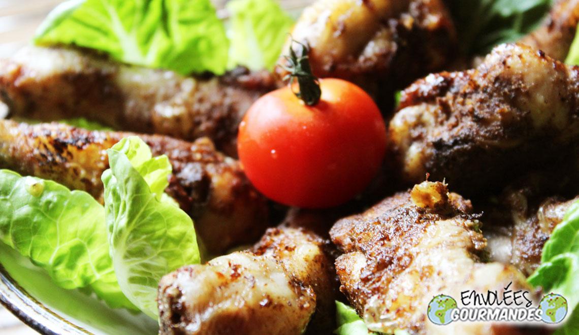 Pés de galinha, a curto prazo (Frango cozido ZESOK)