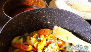 Couscous gari with spicy vegetables