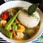 Mon fufu/foufou de Gari* et sa sauce de gombos aux crevettes