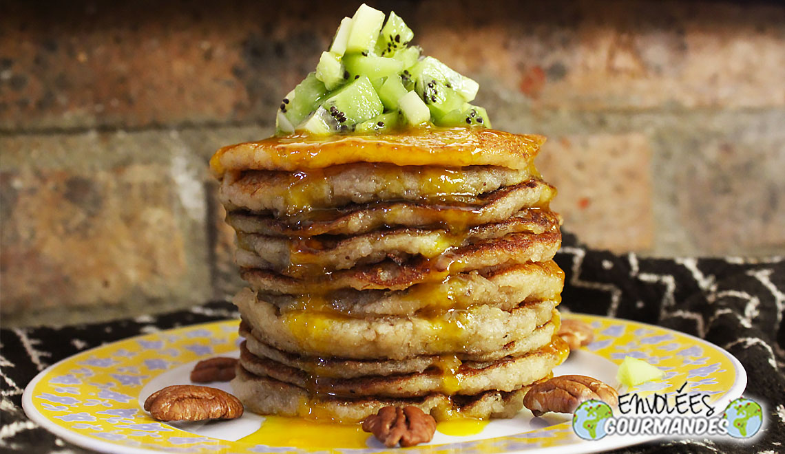 Fonio and banana pancakes with sweet potato flour