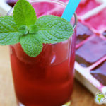 My foolish juice (chalices of hibiscus flowers, bissap) with flavored ice cubes
